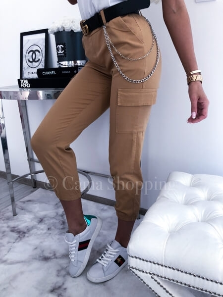 spodnie karmelowe bojówki