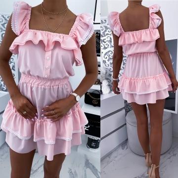 Różowa sukienka rozkloszowana z falbanką LOE