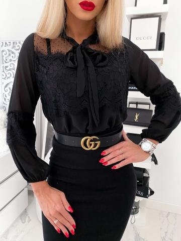 Elegancka czarna koszula z koronką