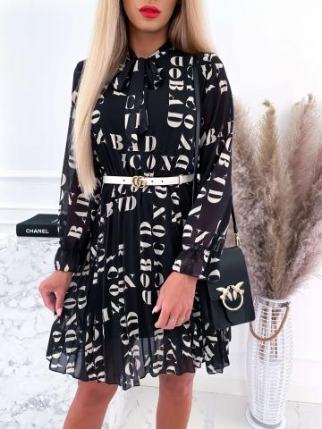 Czarna sukienka z plisowanym dołem BAD