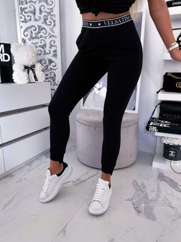 Czarne dopasowane spodnie z ozdobnym pasem Velsatino