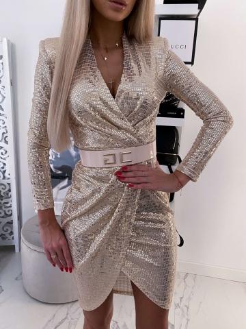 Złota zakładana sukienka z paskiem