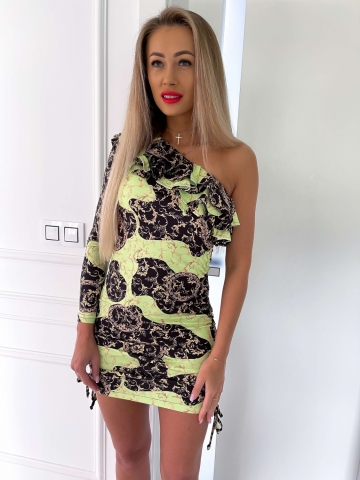 Sukienka na jedno ramię z falbanką