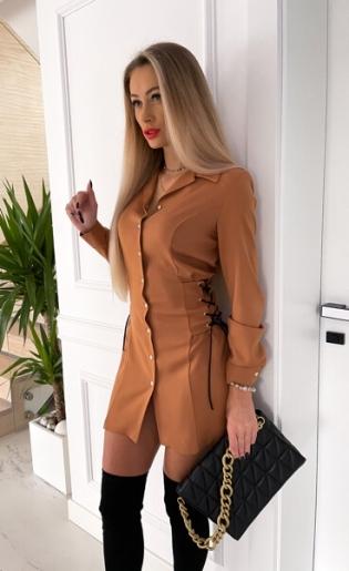 Sukienka Camel z czarnym wiązaniem