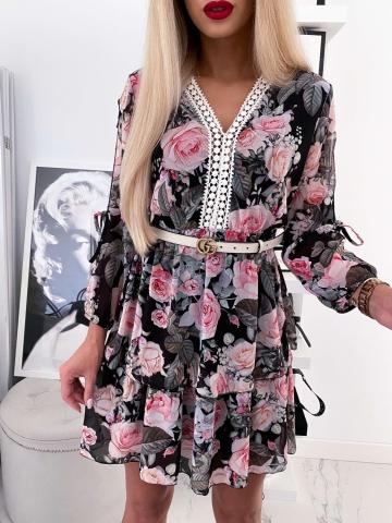 Czarna zwiewna sukienka w kwiaty