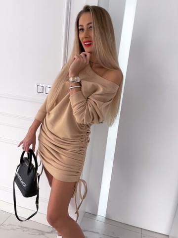 Beżowa Sukienka Oversize