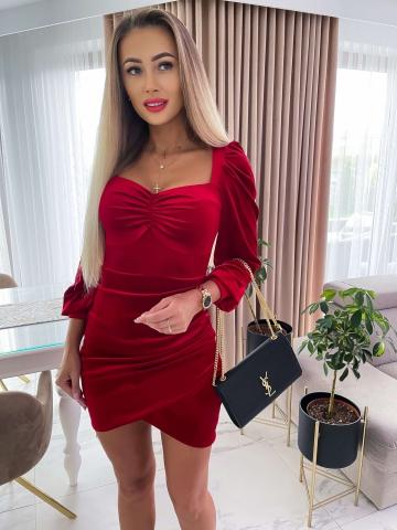 Welurowa dopasowana sukienka Katris w kolorze czerwonym