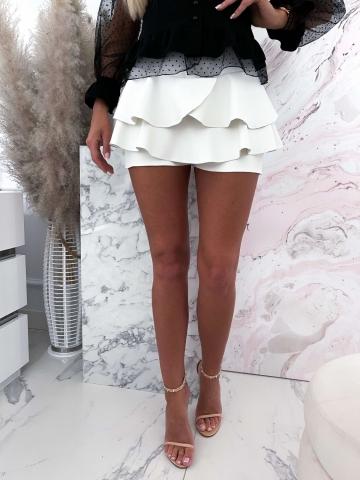 Białe materiałowe spódnico-spodenki