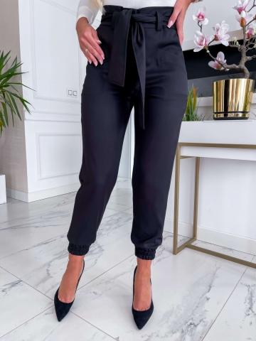 Czarne spodnie Cygaretki Lola z paskiem