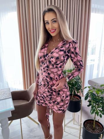 Karmelowa dopasowana sukienka Moro Pink