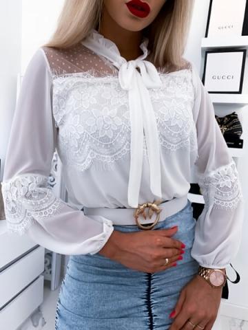 Biała koszulka koronka Yaris