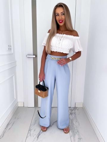 Szerokie błękitne spodnie z łańcuchem Roco