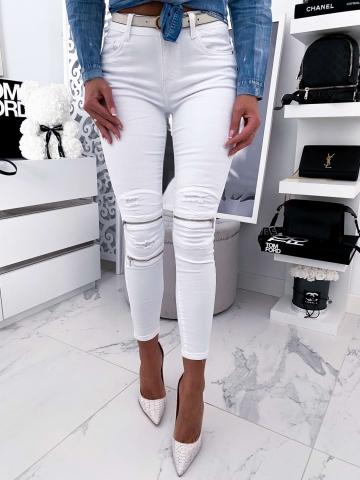 Białe spodnie z zameczkami i przetarciami