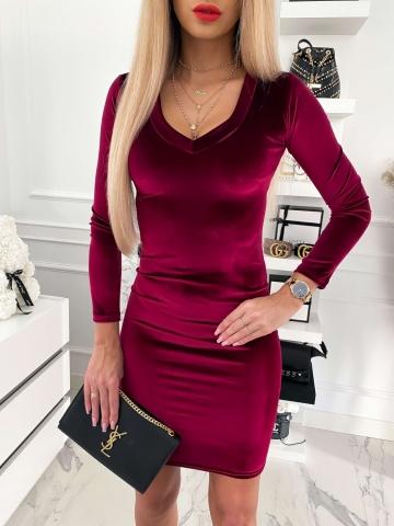 Bordowa sukienka welurowa z długim rękawem