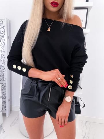 Czarny sweterek oversize guziki By Me
