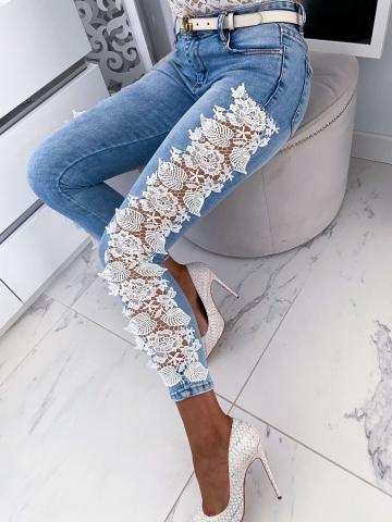 Spodnie Jeans z białą koronką