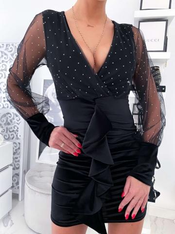 Czarna sukienka zakładana welurowy dół
